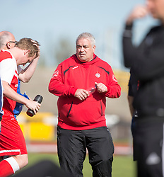 Brora Rangers manager David Kirkwood.<br /> Edinburgh City 1 v 1 Brora Rangers, 1st leg, Pyramid Playoffs at Meadowbank, 25/4/2015.
