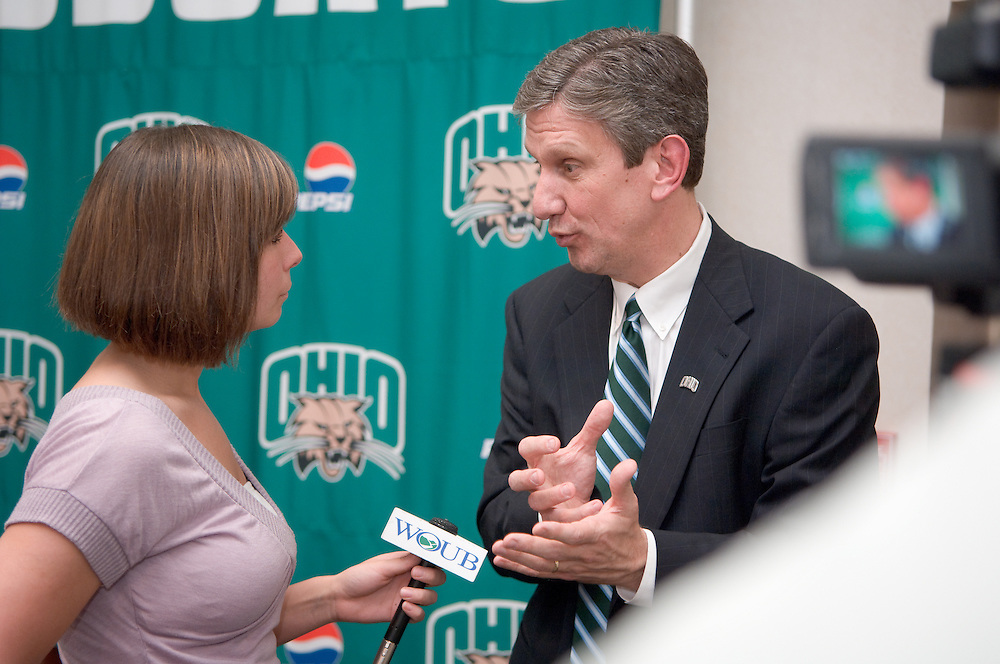 18616Jim Schaus was named Ohio's Director of Athletics at a press conference in the Convo on Monday, April 7, 2008 at 3:00pm. ...Jaime Baker from WOUB