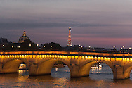 France. Paris. 1st district . The pont Neuf on the Seine river connect rive droite and rive gauche