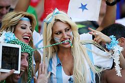 13.07.2014, Maracana, Rio de Janeiro, BRA, FIFA WM, Deutschland vs Argentinien, Finale, im Bild Argentinische Fans auf der Tribuene // during Final match between Germany and Argentina of the FIFA Worldcup Brazil 2014 at the Maracana in Rio de Janeiro, Brazil on 2014/07/13. EXPA Pictures © 2014, PhotoCredit: EXPA/ Eibner-Pressefoto/ Cezaro<br /> <br /> *****ATTENTION - OUT of GER*****