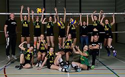 29-10-2014 NED: Selectie Prima Donna Kaas Huizen vrouwen, Huizen<br /> Selectie seizoen 2014-2015 / Teamfoto
