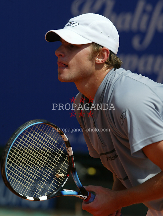 MONTE-CARLO, MONACO - Monday, April 14, 2003: Andy Roddick (USA) in action during the 1st Round of the Tennis Masters Monte-Carlo. (Pic by David Rawcliffe/Propaganda)