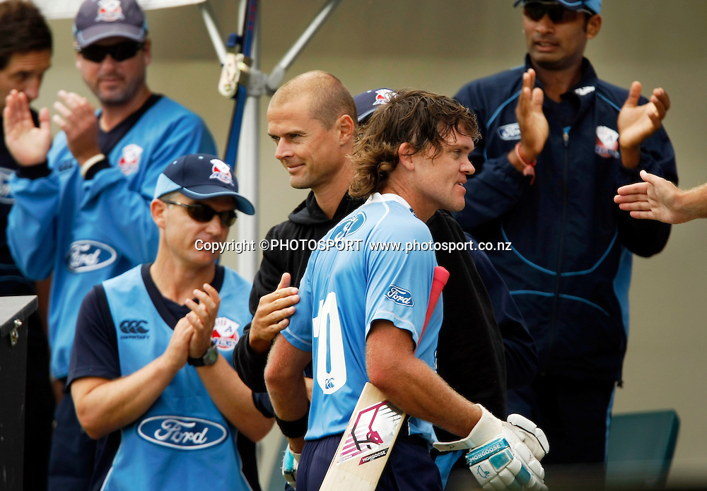 Auckland batsman Lou Vincent is congratulated by Chris Martin and team members after being dismissed. Canterbury Wizards v Auckland Aces in the One Day Competition Final. QEII Park, Christchurch, New Zealand. Sunday, 13 February 2011. Joseph Johnson / PHOTOSPORT.