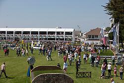 Public <br /> Derby de la région des Pays de la Loire<br /> Longines Jumping International La Baule 2014<br /> © Hippo Foto - Dirk Caremans