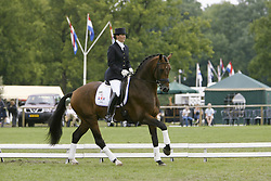 van Lierop Nicolette-Hilltop Rousseau<br /> KWPN paardendagen Ermelo 2002<br /> Photo © Dirk Caremans