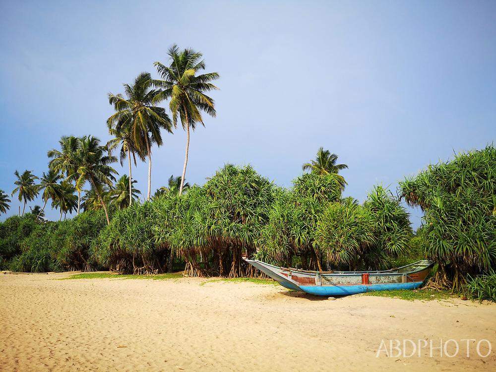 smacap_Bright Kosgoda, Sri Lanka, beach & market