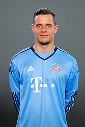 16.07.2015, Saebener Strasse, Muenchen, GER, 1. FBL, FC Bayern Muenchen, Fototermin, im Bild Ivan Lucic #33 (FC Bayern Muenchen) // during the official Team and Portrait Photoshoot of German Bundesliga Club FC Bayern Munich at the Saebener Strasse in Muenchen, Germany on 2015/07/16. EXPA Pictures © 2015, PhotoCredit: EXPA/ Eibner-Pressefoto/ Kolbert<br /> <br /> *****ATTENTION - OUT of GER*****