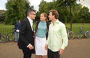 Jay Jopling, Bina and Philippe von Stauffenberg, Gabriel Orozco, Serpentine, 30 June 2004. SUPPLIED FOR ONE-TIME USE ONLY-DO NOT ARCHIVE. © Copyright Photograph by Dafydd Jones 66 Stockwell Park Rd. London SW9 0DA Tel 020 7733 0108 www.dafjones.com