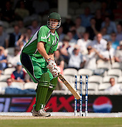 Boyd Rankin bats without bails after a strong wind during the ICC World Twenty20 Cup match between Pakistan and Ireland at The Oval. Photo © Graham Morris (Tel: +44(0)20 8969 4192 Email: sales@cricketpix.com)