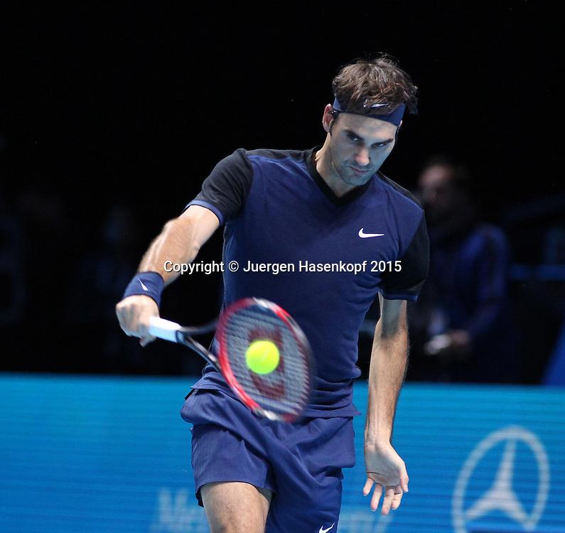 Roger Federer (SUI)), ATP World Tour Finals, O2 Arena, London, England.<br /> <br /> Tennis - ATP World Tour Finals 2015 - ATP -  O2 Arena - London -  - Great Britain  - 15 November 2015. <br /> &copy; Juergen Hasenkopf/Grieves