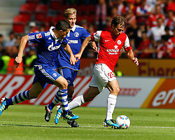 21.08.2011, coface Arena, Mainz, GER, 1.FBL, FSV Mainz 05 vs FC Schalke 04, Kyriakos PAPADOPOULOS, FC Schalke 04 und Lewis HOLTBY, FC Schalke 04 - Andreas IVANSCHITZ (AUT), FSV Mainz..// during the match from GER, 1.FBL, FSV Mainz 05 vs FC Schalke 04 on 2011/08/21, coface Arena, Stuttgart, Germany..EXPA Pictures © 2011, PhotoCredit: EXPA/ nph/  A.Huber       ****** out of GER / CRO  / BEL ******