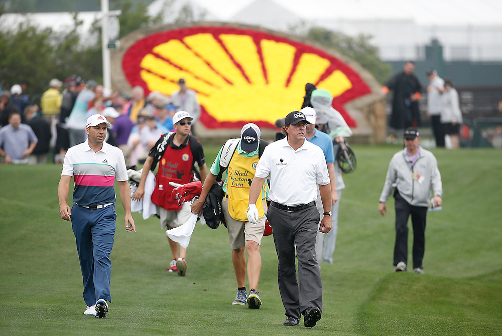 Phil Mickelson walks the 18th fairway in the Shell Houston Open-Round 1 at the Golf Club of Houston on Wednesday, March 31, 2016 in Humble, TX. (Photo: Thomas B. Shea/For the Chronicle)