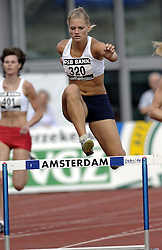 09-07-2006 ATLETIEK: NK BAAN: AMSTERDAM<br /> Suzanne Thierry<br /> ©2006-WWW.FOTOHOOGENDOORN.NL