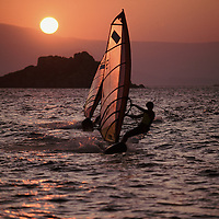 WINDSURF - SUNSET - NAXOS - A1 <br />