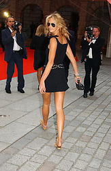 Model ELLE MACPHERSON at the Royal Academy of Art's SUmmer Party following the official opening of the Summer Exhibition held at the Royal Academy of Art, Burlington House, Piccadilly, London W1 on 7th June 2006.<br /><br />NON EXCLUSIVE - WORLD RIGHTS