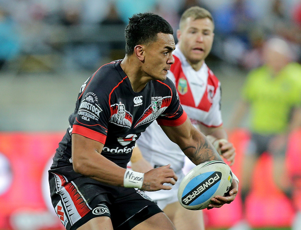 Ken Maumalo of the New Zealand Warriors makes a run against the Dragons during their round 22 NRL match at Westpac  Stadium, Wellington on  Saturday, August 08, 2015. Credit: SNPA / David Rowland
