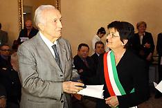 20120127 CONSEGNA MEDAGLIE D'ONORE AGLI INTERNATI NEI CAMPI DI CONCENTRAMENTO