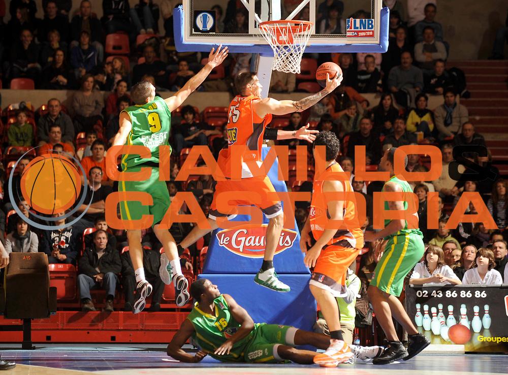 DESCRIZIONE : Ligue France Pro A Msb Le Mans Vichy 14 ieme journee GIOCATORE : Salyers Marc 15 Leloup Jeremy 9<br /> SQUADRA : Vichy<br /> EVENTO : Ligue France Pro A 2009-2010<br /> GARA : MSB Le Mans Vichy <br /> DATA : 09/01/2010<br /> CATEGORIA : Basketball Action Homme<br /> AUTORE : JF Molliere par Agenzia Ciamillo-Castoria <br /> Galleria : Ligue France Pro a 2009-2010 <br /> Fotonotizia : Ligue France 2009-10 Msb Le Mans <br /> Predefinita :