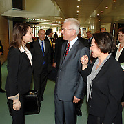 NLD/Den Haag/20070412 - Visit of Mr. Hans-Gert Pöttering, president of the European parliament to The Hague, with Mrs.Gerti Verbeet, president of the House of Representatives of States Gerneral, meeting with Nebahat Albayrak ..NLD/Den Haag/20070412 - President Europees Parlement Hans-Gert Pöttering bezoekt Den Haag, ontmoeting met Nebahat Albayrak.  ** foto + verplichte naamsvermelding Brunopress/Edwin Janssen  **
