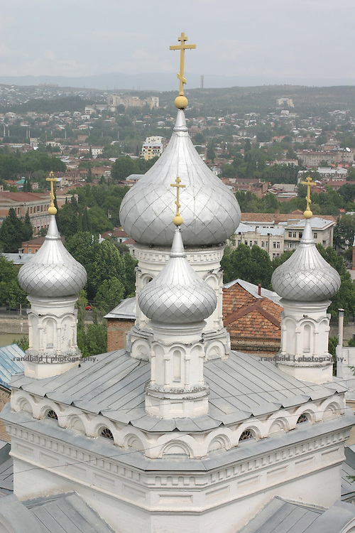 Eine orthodox Kirche in der georgischen Hauptstadt Tiflis. An orthodox church in Tbilissi, Georgia.