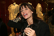 LISA B, Uniqlo - Japanese store launch party, 311 Oxford Street, London, W1. 6 November 2007. -DO NOT ARCHIVE-© Copyright Photograph by Dafydd Jones. 248 Clapham Rd. London SW9 0PZ. Tel 0207 820 0771. www.dafjones.com.