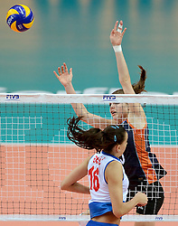 01-10-2014 ITA: World Championship Volleyball Servie - Nederland, Verona<br /> Nederland verliest met 3-0 van Servie en is kansloos voor plaatsing final 6 / Milena Rasic, Yvon Beliën