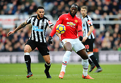 Romelu Lukaku of Manchester United and Jamaal Lascelles of Newcastle United - Mandatory by-line: Matt McNulty/JMP - 11/02/2018 - FOOTBALL - St James Park - Newcastle upon Tyne, England - Newcastle United v Manchester United - Premier League