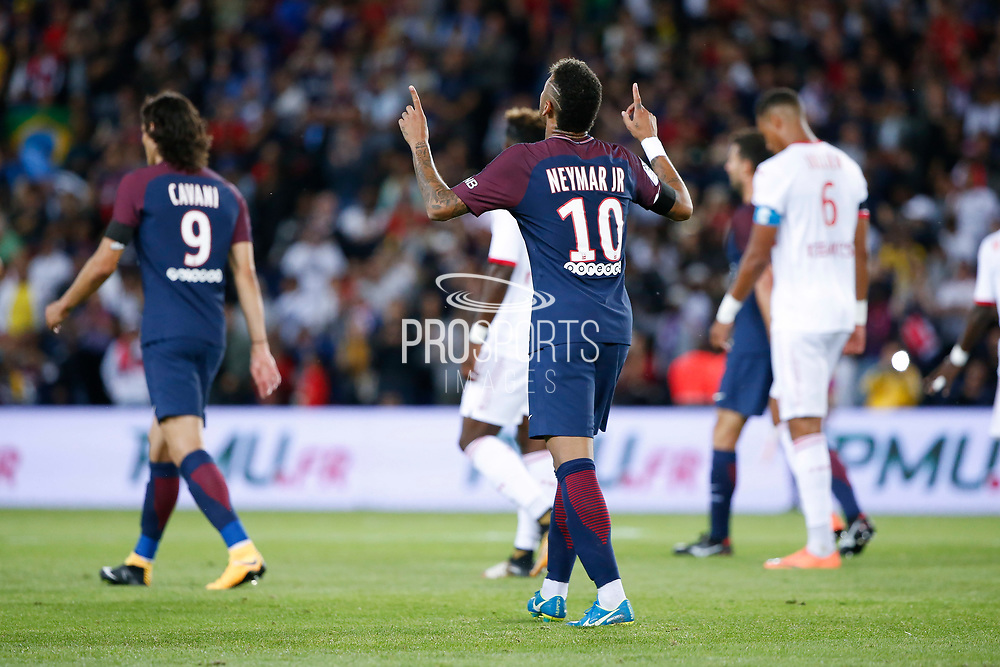 Neymar da Silva Santos Junior - Neymar Jr (PSG) greated the sky for ot goal scored, Edinson Roberto Paulo Cavani Gomez (psg) (El Matador) (El Botija) (Florestan), Christopher JULLIEN (Toulouse Football Club) during the French championship L1 football match between Paris Saint-Germain (PSG) and Toulouse Football Club, on August 20, 2017, at Parc des Princes, in Paris, France - Photo Stephane Allaman / ProSportsImages / DPPI