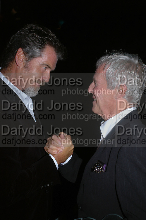 Pierce Brosnan and Burt Baccarach. GQ Men Of The Year Awards at the Royal Opera House, London. September 6, 2005 in London, England, ONE TIME USE ONLY - DO NOT ARCHIVE  © Copyright Photograph by Dafydd Jones 66 Stockwell Park Rd. London SW9 0DA Tel 020 7733 0108 www.dafjones.com