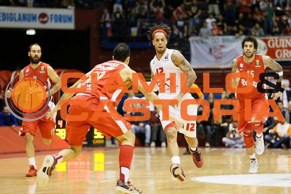 DESCRIZIONE : Milano Eurolega Euroleague 2013-14 EA7 Emporio Armani Milano Olympiacos Piraeus<br /> GIOCATORE : Daniel Hackett<br /> CATEGORIA : Palleggio<br /> SQUADRA : EA7 Emporio Armani Milano <br /> EVENTO : Eurolega Euroleague 2013-2014<br /> GARA : EA7 Emporio Armani Milano Olympiacos Piraeus<br /> DATA : 09/01/2014<br /> SPORT : Pallacanestro <br /> AUTORE : Agenzia Ciamillo-Castoria/G.Cottini<br /> Galleria : Eurolega Euroleague 2013-2014  <br /> Fotonotizia : Milano Eurolega Euroleague 2013-14 EA7 Emporio Armani Milano Olympiacos Piraeus<br /> Predefinita :
