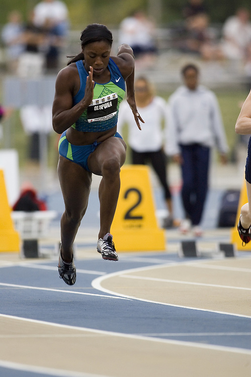 15 July 2007 (Windsor--Canada) --  Toyin Olupona in the 100m semi finals during day three of the 2007 Canadian National Track and Field Championships...