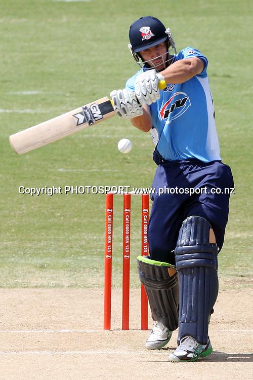 Auckland's Anaru Kitchen batting. Twenty20 Cricket, Auckland Aces v Pakistan, Colin Maiden Park, Auckland. Thursday 23 December 2010. Photo: Ella Brockelsby/photosport.co.nz