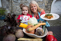 Repro Free: released 18/03/2014 Two year old Megan-Rose Power is pictured at the launch of the Foodcloud Feast Foodcloud supporter and entrepreneur Sophie Morris. The new and exciting event aims to inform and inspire people about the challenges and opportunities surrounding food waste in Ireland. The Foodcloud Feast will take place at 6.30pm at Smock Alley in Temple Bar, Dublin on 2nd April 2014 and there are a limited number of tickets available to the public through www.tickets.ie. Picture Andres Poveda