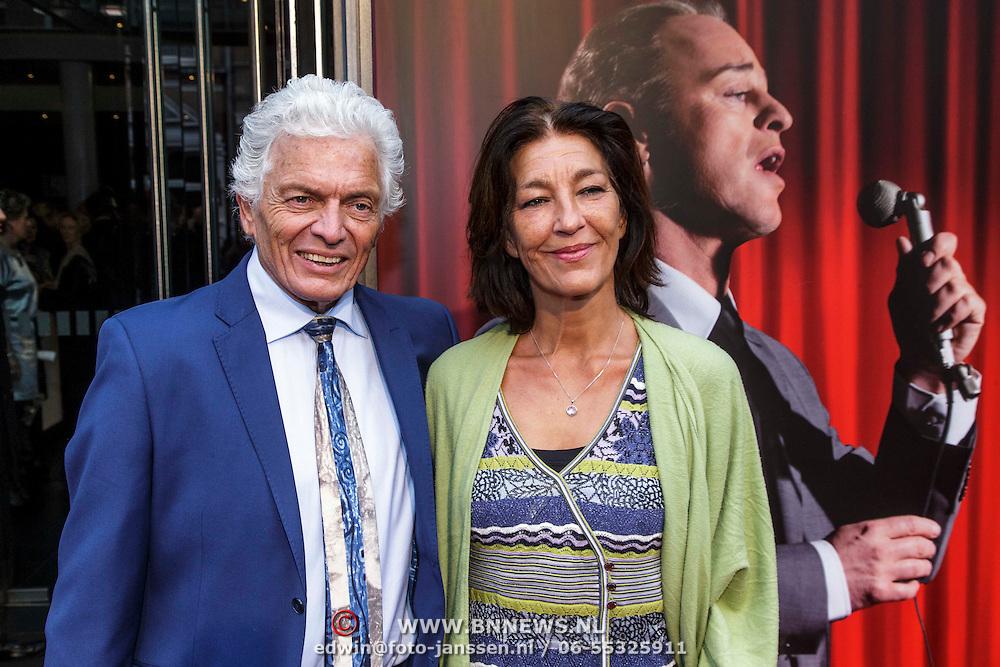 NLD/Amsterdam/20150208 - Herpremiere Sonneveld, Ben Cramer en partner Carla van der waal
