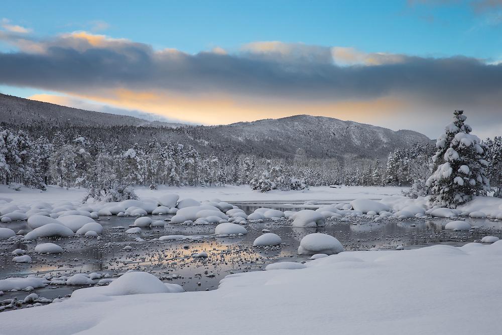 Winterlandscape at Skurdalen, Norway   Vinterlandskap i Skurdalen, Norge