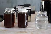 Foto di Donato Fasano Photoagency, nella foto : 13 07 2009 Bari Fluidotecnica zona industriale inventori della macchina che scinde l'olio dall'acqua nella foto liquidi per prove