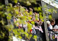 Spectators<br /> The Virgin Money London Marathon 2014<br /> 13 April 2014<br /> Photo: Javier Garcia/Virgin Money London Marathon<br /> media@london-marathon.co.uk