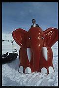 Tommy Leigh-Pemberton, Dangerous Sports Club Ski race. St Moritz. 1986 approx. © Copyright Photograph by Dafydd Jones 66 Stockwell Park Rd. London SW9 0DA Tel 020 7733 0108 www.dafjones.com