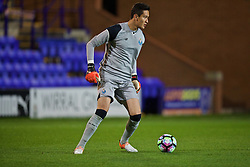 BIRKENHEAD, ENGLAND - Wednesday, November 2, 2016: FC Porto's goalkeeper Raul Vega in action against Liverpool during the Premier League International Cup match at Prenton Park. (Pic by David Rawcliffe/Propaganda)
