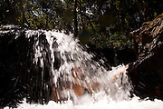 Agua da Prata_SP, Brasil..Banho de cachoeira em Agua da Prrata, Sao Paulo...Waterfall shower in Agua da Prata, Sao Paulo...Foto: MARCUS DESIMONI / NITRO