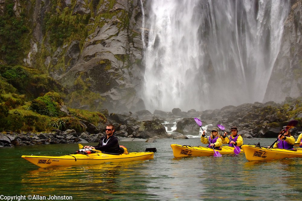 Sea Kayaking Tours in Fiordland milford Sound, World heritage New Zealand Roscos Milford Kayaks