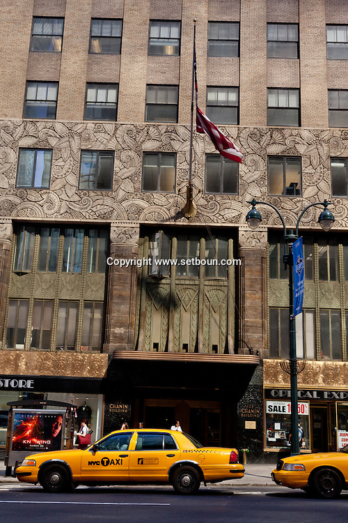 New York. Chanin building art deco on 42 nd street and lexington.  United states / Chanin - le building art deco sur lexington et la 42 zm rue New York - Etats-unis