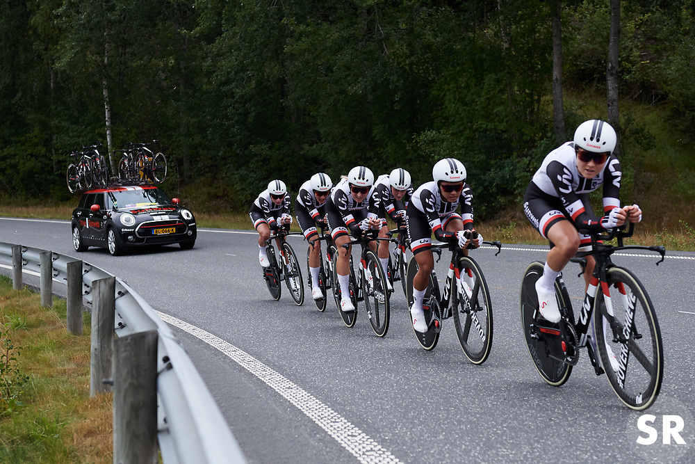 Team Sunweb on their way to victory at Ladies Tour of Norway 2018 Team Time Trial, a 24 km team time trial from Aremark to Halden, Norway on August 16, 2018. Photo by Sean Robinson/velofocus.com