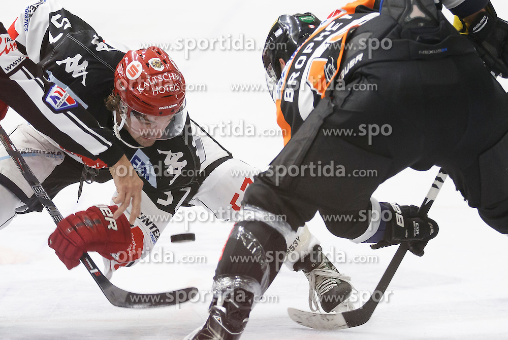 02.12.2016, Merkur Eisarena, Graz, AUT, EBEL, Moser Medical Graz 99ers vs HC TWK Innsbruck Die Haie, 25. Runde, im Bild Evan Brophey (#47, Moser Medical Graz 99ers) und Andrew Clark (#57, HC TWK Innsbruck) // during the Erste Bank Icehockey League 25th Round match between Moser Medical Graz 99ers and HC TWK Innsbruck at the Merkur Ice Arena, Graz, Austria on 2016/12/02, EXPA Pictures © 2016, PhotoCredit: EXPA/ Erwin Scheriau