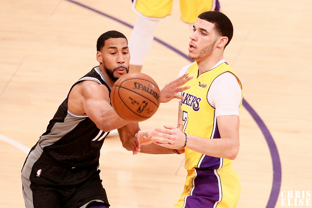 09 January 2018: Sacramento Kings guard Garrett Temple (17) defends on Los Angeles Lakers guard Lonzo Ball (2) during the LA Lakers 99-86 victory over the Sacramento Kings, at the Staples Center, Los Angeles, California, USA.