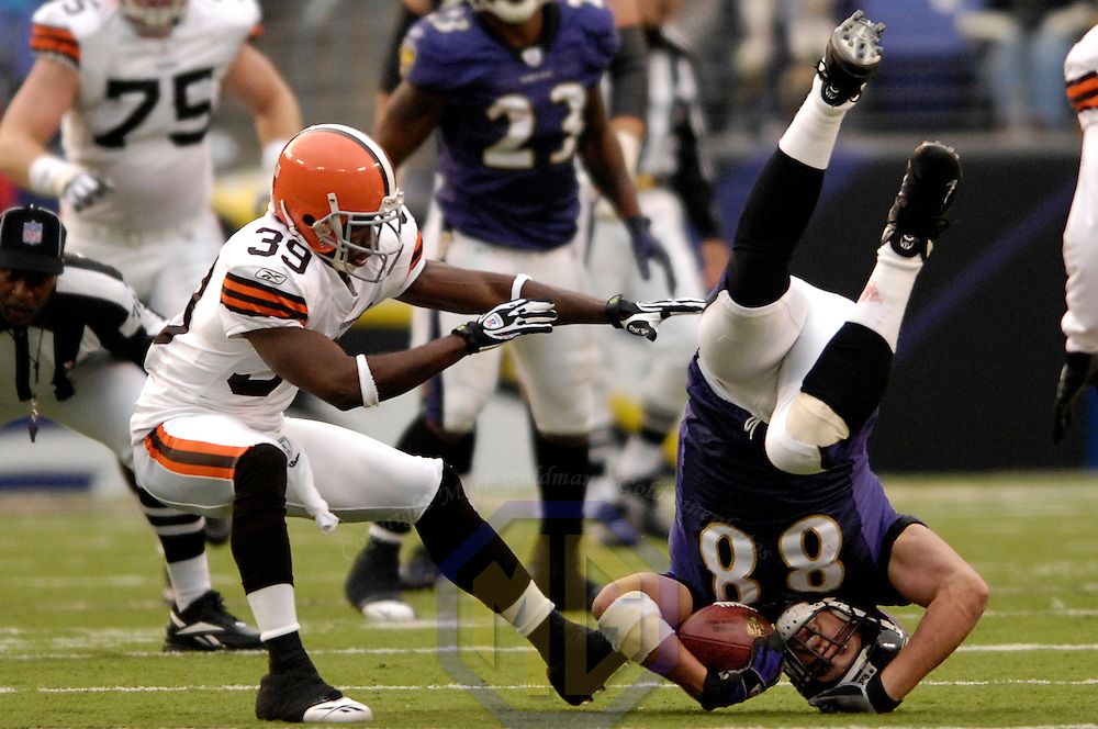 18 November 2007:  Baltimore Ravens tight end Quinn Sypniewski (88) makes a 13-yard pass reception, landing on his head, in the 3rd head against Cleveland Browns cornerback Daven Holly (39) on November 18, 2007 at M&T Bank Stadium in Baltimore, Maryland. The Ravens were sent to their 4th consecutive loss with a 33-30 overtime time win by the Browns..