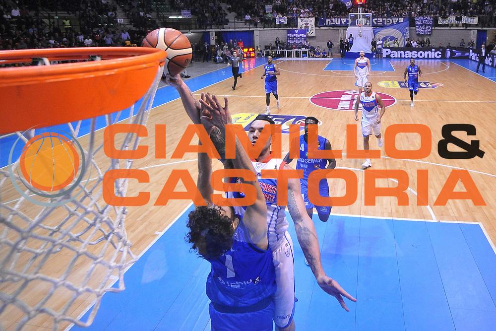 Christian Burns<br /> Red October Cantu - Germani Leonessa Basket Brescia<br /> LegaBasket Serie A 2017/2018<br /> Desio, 04/12/2017<br /> Foto M.Ceretti / Ciamillo - Castoria