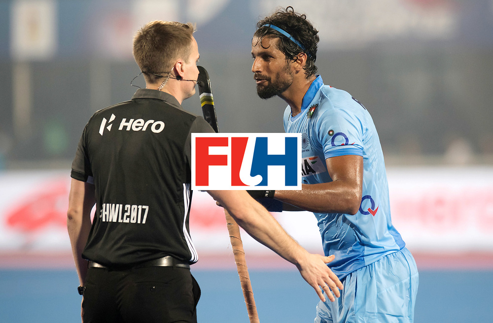 Odisha Men's Hockey World League Final Bhubaneswar 2017<br /> Match id:02<br /> Australia v India<br /> Foto: Rupinder Singh discuss with umpire Marcin GROCHAL<br /> WORLDSPORTPICS COPYRIGHT FRANK UIJLENBROEK