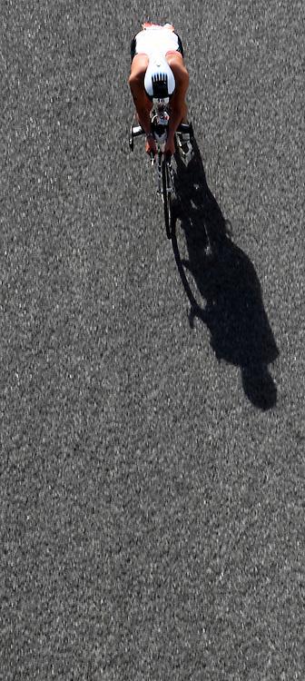 Belinda Harper on the bike in the Nutri-Grain Ironman, Taupo, New Zealand, Sunday, March 04 , 2012. Credit:SNPA / John Cowpland