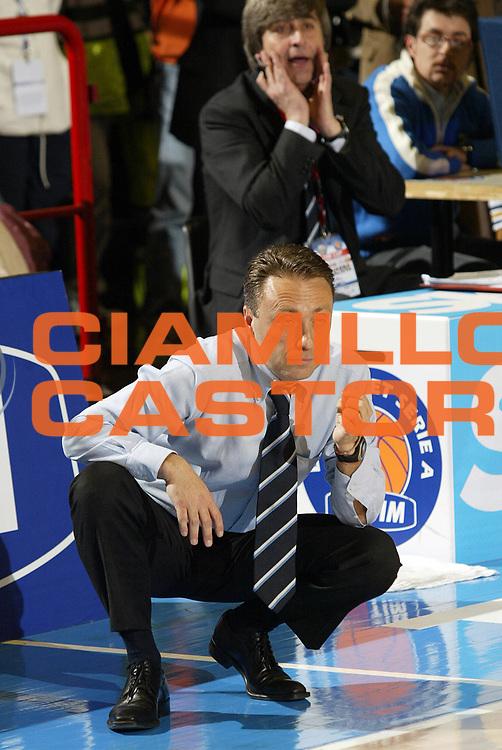 DESCRIZIONE : Forli Lega A1 2005-06 Coppa Italia Final Eight Tim Cup Armani Jeans Milano Carpisa Napoli <br /> GIOCATORE : Bucchi <br /> SQUADRA : Carpisa Napoli <br /> EVENTO : Campionato Lega A1 2005-2006 Coppa Italia Final Eight Tim Cup Quarti Finale <br /> GARA : Armani Jeans Milano Carpisa Napoli <br /> DATA : 17/02/2006 <br /> CATEGORIA :  <br /> SPORT : Pallacanestro <br /> AUTORE : Agenzia Ciamillo-Castoria/E.Pozzo